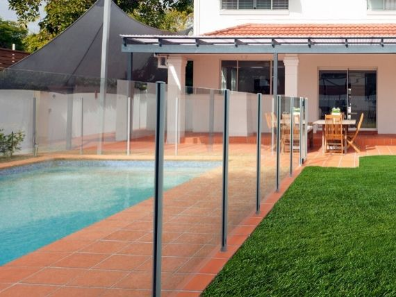 pool fencing wollongong